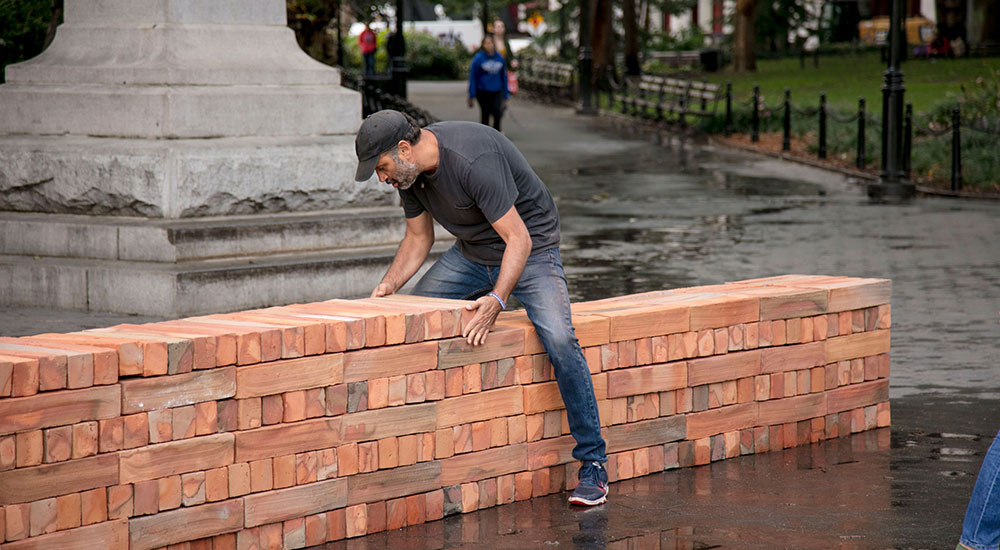 Bosco Sodi, Muro. Installation view in Washington Square Park, New York. September 2017. By Diego Flores and Chris Stach